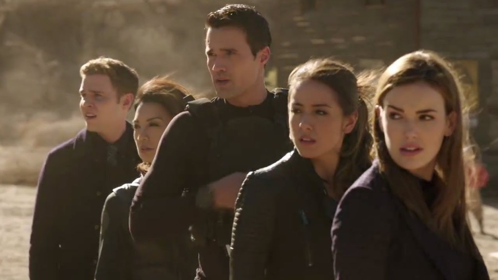 Agents-of-SHIELD-SHIELD-rescues-Coulson-from-Centipede