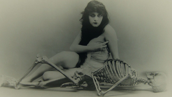 A-Fool-There-Was-Theda-Bara1