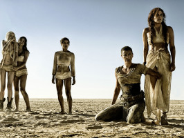 mad-max-fury-road-image-charlize-theron-abbey-lee-courtney-eaton-zoe-kravitz-riley-keough